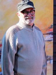 Roger Rode, peintre sculpteur finistérien, à Névez